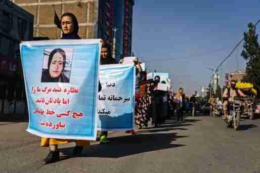 afghanistan taliban government woman flag