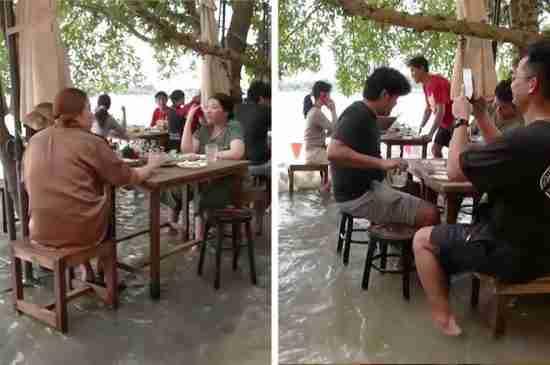 thailand flooded restaurant Chaopraya Antique Cafe